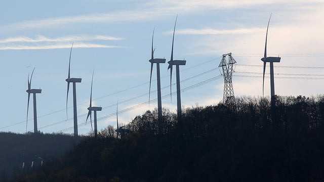 Renewable Energy Production Surpasses Coal Production in US